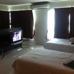 โรงแรมลักษ์ชัวร์รี่ สวีท