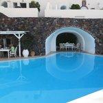 Pool / breakfast area