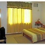 Sampaloc Inn Hotel & Restaurant Deluxe Room
