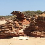 rock formations broome beach