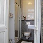 Hof deluxe bathroom