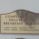 Deluxe Breakfast @ Comfort Suites Airport