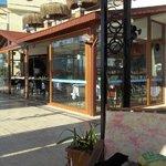 bar and restaurant area,Hotel letoon