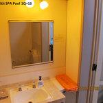 Room3 bathroom