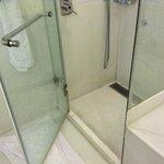 shower door problem