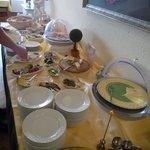 Breakfast table 1