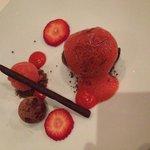 Bitter chocolate, strawberry, red & black pepper