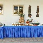 breakfast/continental buffet