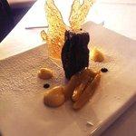bizcocho de chocolate y mango