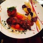 patta negra, gratin d'aubergines et tomates confites