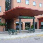 Hotel Posadas de España Pinto, entrada, Pinto, Madrid.