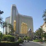 Four Seasons & Mandalay Bay Hotels