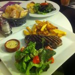 Piéce du boucher , Salade & Frites Maison