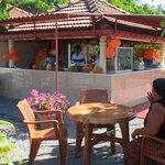 Cafe and fresh juice bar