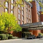 โรงแรมครอยดอนพาร์ค