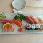 Sushi y sashimi moriawase