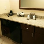 king suite- microwave & mini fridge