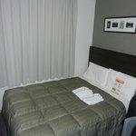 ...a bit old-school bedsheet - but a comfy bed!