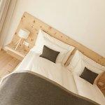 Schlafbereich in einer Garten-Suite