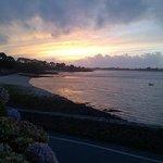 coucher de soleil sur la baie des Anges depuis le bar de l'hotel....