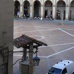 """Vista da Piazza Grande (aquela do filme """"A vida é bela"""")."""