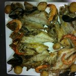 parrillada de pescado fresco de la isla
