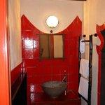 Habitación China, Detalle Baño