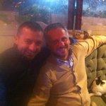 De manager Ferdi (links) en ik.