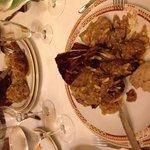 Anatra servita a tavola.