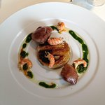 Entrée aux asperges crevettes et canard