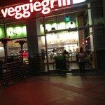 Veggie Grill, Sunset Boulevard, Vegan Delight!