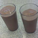 Love the milkshakes - love the oldschool formica tabletops!