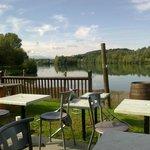 vue de la terrasse sur le lac