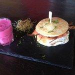 Burger Scandinave, gaspacho de betterave