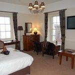 General view of corner suite 24