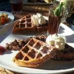 Breakfast waffle, very good!