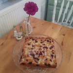 Gorgeous fresh pears and blueberry cake served warm with icecream. Just yummy.