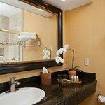 Creek Suite Bathroom