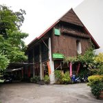Beautiful wooden Thai house, very big, 3 floors with many rooms and individual toilets