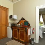 James Cook Apartment Kitchenette