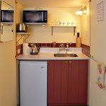 Queen Charlotte Studio Kitchenette