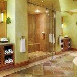 Saxon Mandela Presidential Suite Bathroom