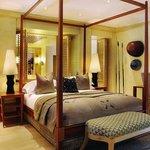 Saxon Mandela Presidential Suite