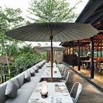 Uma Cucina outdoor terrace