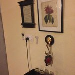Some nice art and your key hanging zone!