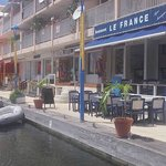 Le France ; A nice view on the Marigot marina  ,and good food.