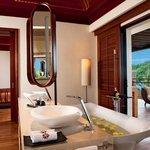 Imperial Villa_Bathroom