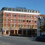 Skansen & Victoria Hotel