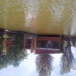 En el lago, vista del restaurante.