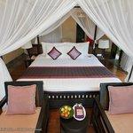 가든뷰 풀빌라 침대